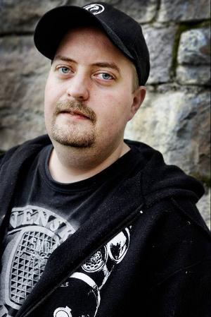 Kjell Berg, gitarr.