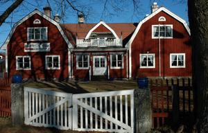 Dala-Husby Hotel är en av 45 platser i världen man bör besöka under 2012, det tycker i alla fall den amerikanske journalisten Evan Rail.