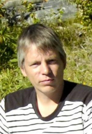 –Jag använder min elsportbil som bruksfordon dagligen, säger Johan Sörliden.