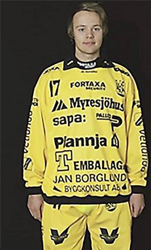Filip Bringe gjorde sju mål när Vetlanda svarade för en magisk vändning i den andra semifinalen mot Sandviken.