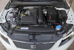 140 hästars TSI-motorn är en riktigt bra skapelse. Trots sina blygsamma 1,4 liter i slagvolym visar den egenskaper som en betydligt större bensinmotor.