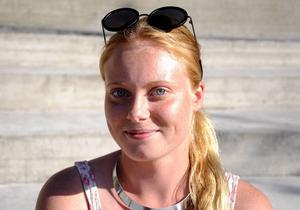 Camilla Rimér Högberg, 21 år, Östersund.   Kan ni lova att fortsätta satsningen på idrott i kommunen med fokus på bredd och gynna de mindre sporterna?