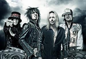 """80-talets mesta rockbusar Mötley Crüe är inte särskilt vilda längre, hävdar basisten Nikki Sixx (tvåa från vänster).""""Jag har noll intresse av att leva på det sättet i dag, och jag tänker inte låtsas att göra det heller"""" säger han."""