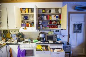 Ordningskonsulten Nina Strandberg har nyss tagit sig an ett hus i Örnsköldsvik, så här gjorde hon om i köket: