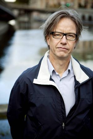 Håkan Regnér, docent i nationalekonomi och Sacoekonom.