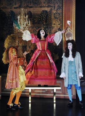 Carl Jacobson som Orante, Ida Steén som Célimène och Per Burell som Alcéste.