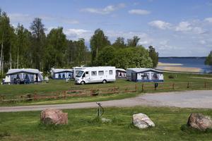 Svenska campingar lockar fler.