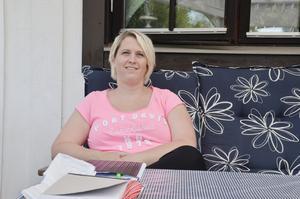 Brinner för skolfrågor. Engagemanget i Finnerödja skola fick Frida Eriksson i Finnerödja att engagera sig politiskt i Centerpartiet, och nu står hon som nummer två på Centerpartiets lista.