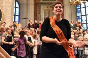 Anna-Karin Bengtar, barnsångskonsulent, såg till att allt funkade.