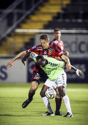 Bobo Sollander, lagspelaren med hjärtat på det rätta stället, gör ytterligare en säsong i Östersunds FK.