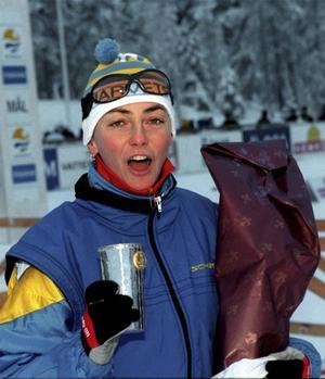 Annika Zell var aktuell i flera år, både som orienterare och skidorienterare innan ST-pokalen blev hennes 1996.