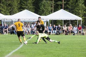 Bilder från Årets match 2014, när Föne IK spelade mot ett mixat kommunlag.