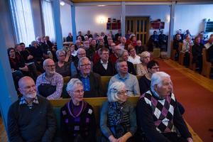 Det var fullsatt när dubbelspår genom Hudiksvall  diskuterades inom Omställning Hudiksvall i Baptistkyrkan på onsdagskvällen