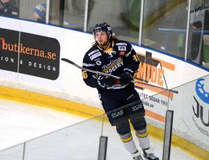 Jesper Persson blev tvåmålsskytt i sin första match med Borlänge Hockey.