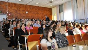 Föreläsningen om bemötande och förhållningssätt i demensvården rönte stort intresse, både i Strömsund och i Hoting.