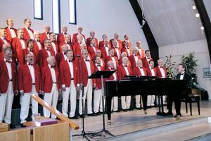KFUM-kören under Kjell Lönnås ledning sjöng i Sandviken på lördagen och Edsbyns missionskyrka på söndagen. Repertoaren var blandad från Grieg och Malotte till Lina Sandell.