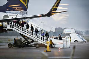 Ryanair och Västerås flygplats har skrivit ett femårigt avtal.