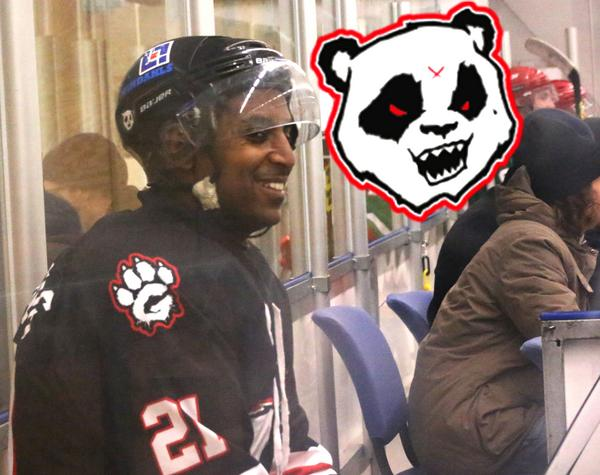 Kalle Ljungberg spelar för Gryta Hockey i AHL. Fredagen 13 januari slog hans lag Eskilstuna Tigers i Hallstarena.