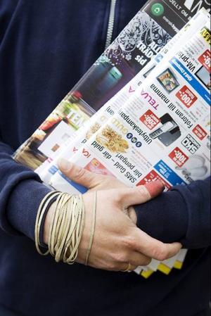 Brevvolymen minskar varje år för Posten. Det som ändå går att se en ökning på är paket som beställs över internetsidor som tradera och blocket.