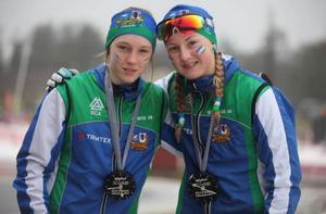 Hanna Näslund och Gabriella Pålsson tog en fin dubbelseger till J/H i D14-klassen.