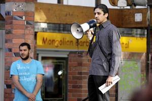 Mot Israel. Foad Al Hasan, Skultunabo med släktförbindelser i Gaza, var en av talarna som höjde sin röst mot Israels agerande.