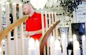 """""""Vi kommer nog att sälja slut på LED-lampor"""", säger Mikael Edberg på Ljusexperten i Östersund där efterfrågan tagit fart."""