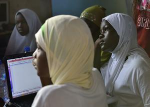 Teknikutbildning i Accra, Ghana. På bara tio år har andelen barn i skolan ökat från 54 till 78 procent.