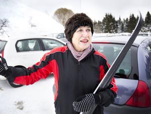 Gävlebon Kerstin Löfman hade inga problem att hitta parkering när hon i går kom till Hemlingby för att åka längdskidor.