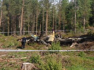 Polisen har spärrat av området kring olycksplatsen.