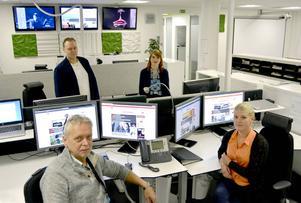 Från 23 till tidigt på morgonen jobbar numera den här kvartetten för att förse dig med färska nyheter på Dagbladet.se. Övre raden, Kenneth Fahlberg, Julia Andersson. Nedre raden: Jan-Arne Bäckström, Sofia Forell.