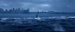 """Är undergången nära? Så här såg det ut när Hollywood tog sig an klimathotet i """"The day after tomorrow"""". Två nya diskuterande böcker ger en mer hoppfull framtidsbild än vad katastroffilmerna gör. Budskapet: en annan värld är möjlig."""
