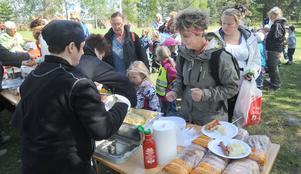 Korv med bröd eller hemlagat potatismos stod på menyn när 162 förskolebarn åt lunch på Ohnbacken.