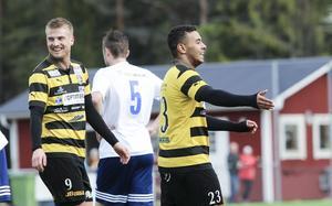 28-årige Axel Johansson (till vänster) är en av veteranerna i Skiljebo den är säsongen.