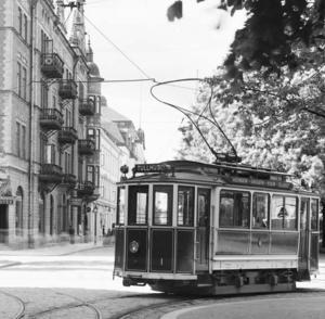 Spårvagn i korsningen Kungsgatan/Nygatan.