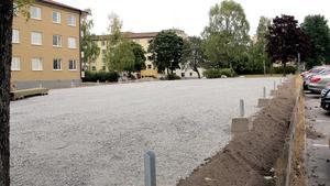 LT har tidigare skrivit om den tillfälliga parkeringen som nu visar sig sakna bygglov.