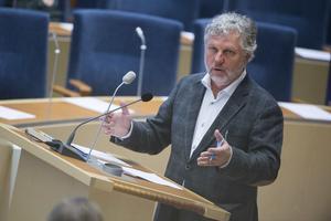 Bostads- och digitaliseringsministern Peter Eriksson (MP).