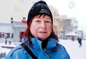 Anette Åsén, Svenstavik– Jag fixar allt under julen, förutom att vara jultomte. Jag börjar bli rätt trött på att det är så mycket som ska göras, så vi ska nog åka bort över jul nästa år. Foto: Ulrika Andersson