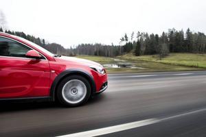 Bildtext 3: Det tog lång tid innan Opel gav sig in i