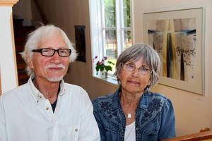 Christina och Dieter Kluge har bland annat ställt ut i Sörfjärden. Foto: Carole Tärnudd.