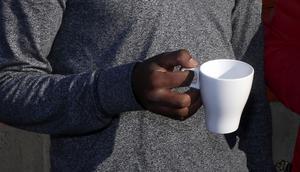 Protest. Under förra veckan inledde ett 50-tal personer en hungerstrejk på asylboendet Bergby gård. Under tisdagen fortsatte ett 15-tal personer protesten.