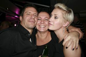 Pluto. Carl, Åsa och Lisa.