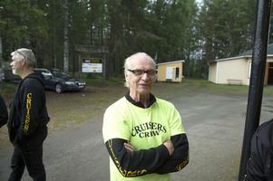 Det fanns inte en chans i världen att överlista Cruisers Sundsvalls egen hustomte Rune Öberg. Han hade full koll på alla eventuella försök att få med flaskor in på området.