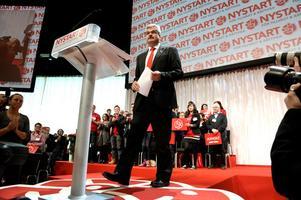 Nyvalda partiledaren Håkan Juholt talade på lördagen vid Socialdemokraternas extrakongress.