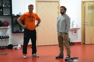Ulf Skoglund och Per Edvall är ett par av de som är ansvarig för hockeygymnasiet i Malung.