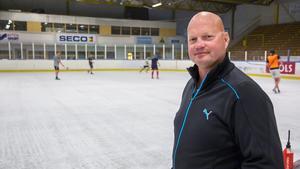 FAIK-tränaren Ulf Hedberg är tillbaka på Fagerliden.