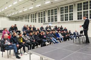 Daniel Kindberg talade om att vinna, och tillstod efter mötet att det var han som kommit på idén med det samiska kulturprojektet.