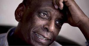 Fånge utan rättegång. Kardiologen Fikru Maru, 63 år, med diabetes och högt blodtryck, sitter sedan 2013 i etiopiskt fängelse. Över hundra fångar bor i samma rum.