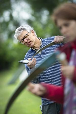 Vinkla rätt. Josefina Jansson var en av tolv kursdeltagare som lärde sig det mesta om rätta vinklar och vassa eggar.