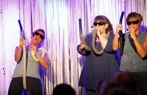 """Blues Sisters. """"Stick och brinn"""" heter numret i SML-gruppens nya föreställning."""
