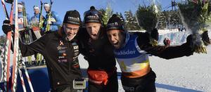 Glada bronsmedaljörer från Falun-Borlänge. Adam Steen, Kalle Gräfnings och Simon Andersson.